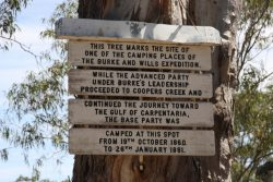 20161115 Sign at Depot Camp Menindee Med