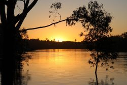 20161116 Sunset on the Murray at Loxton Med