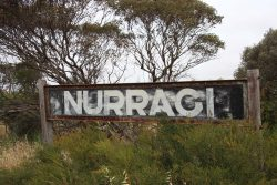 20161118-nurragi-siding-sign-med
