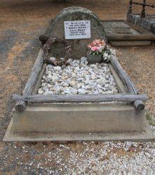 20161227-jack-rileys-grave-med
