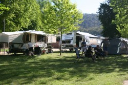 20131102 Camp at Mount Beauty Med