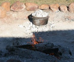 20140701-Camp Oven Cooking at Quilpie Med