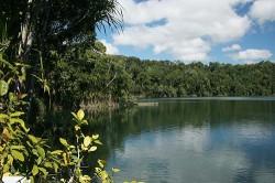 20140723-Lake Eacham Med
