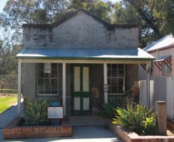 20170830-4333 Jerilderie Post & Telegraph Office Med
