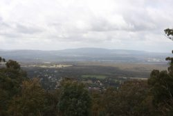 20170905-4338 View over Maldon from Mt Tarrengower